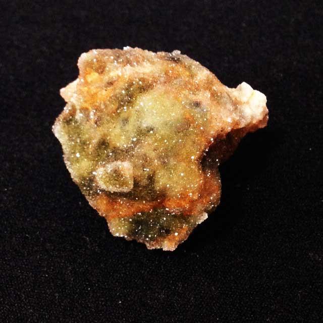 ミネラルマーケットで買った鉱物「クリゾプラス」
