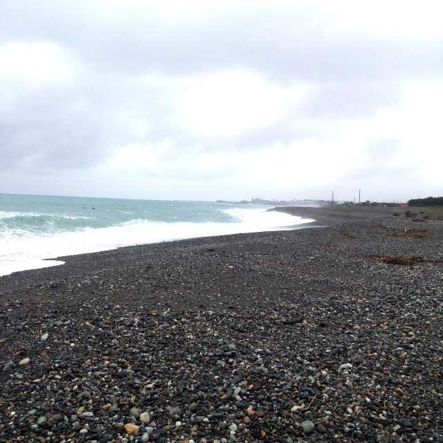ラベンダービーチと親不知海岸「海岸線」