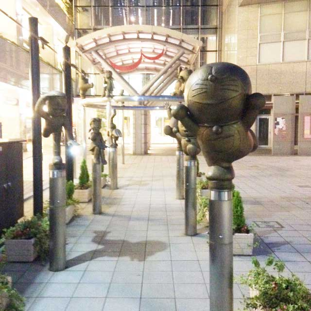 高岡市・藤子F不二雄ふるさとギャラリー「銅像」
