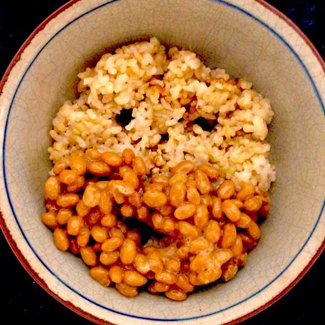 かおごはん「納豆ご飯」