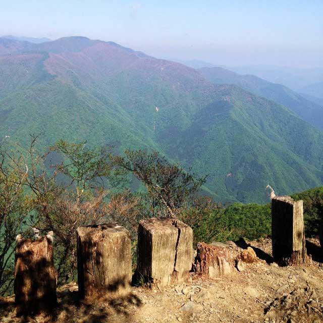 2017mの雲取山へ登る2「小屋からの眺め」