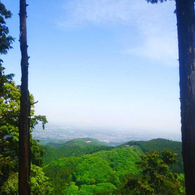 ユガテ、顔振峠、越上山を歩く「眺め」