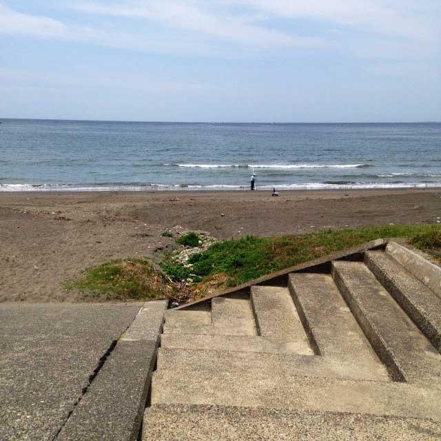 保田から安房勝山を歩く「保田海水浴場」