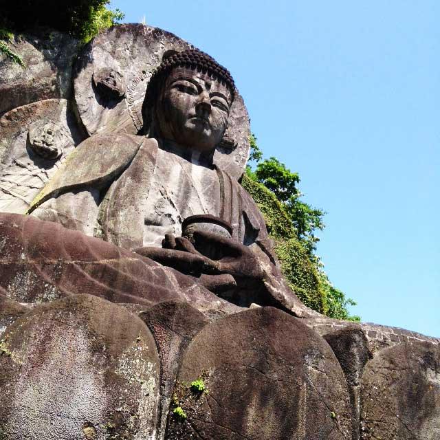 鋸山と日本寺「大仏」