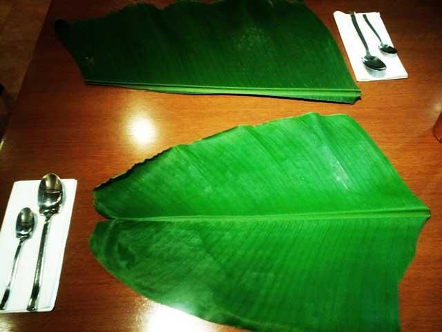 ケララオーナムサディア「バナナの葉」