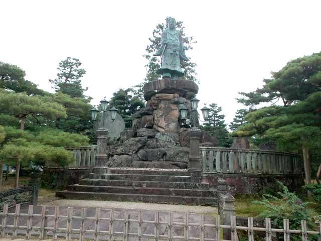 金沢・兼六園、ひがし茶屋街へ行く「兼六園散策、日本武尊」