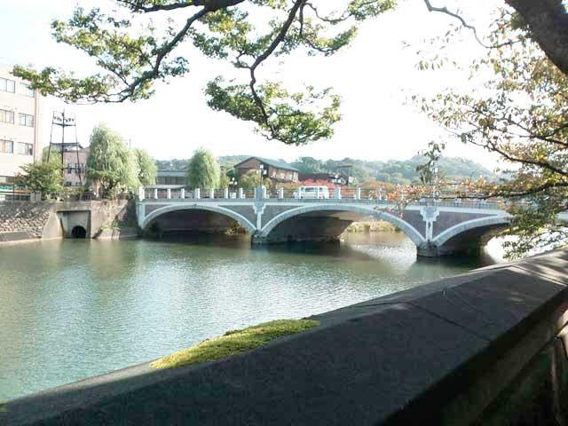 金沢・兼六園、ひがし茶屋街へ行く「主計街茶屋街散策」