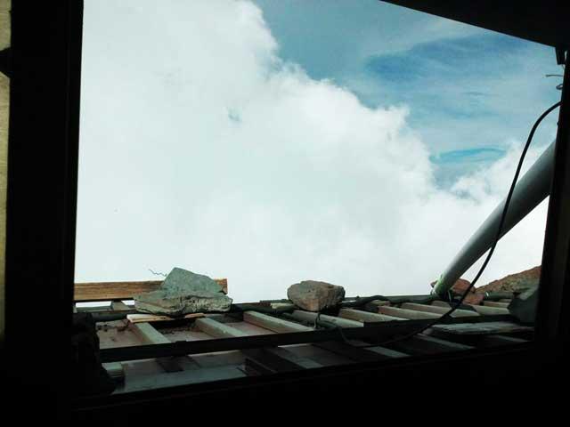 富士山に登る1「窓からの景色」