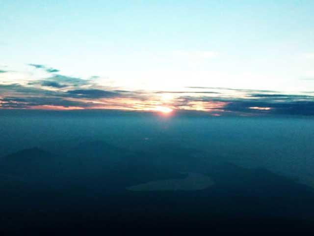 富士山に登る2「ご来光」