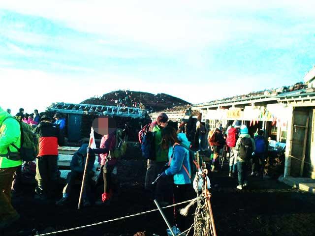 富士山に登る2「売店」