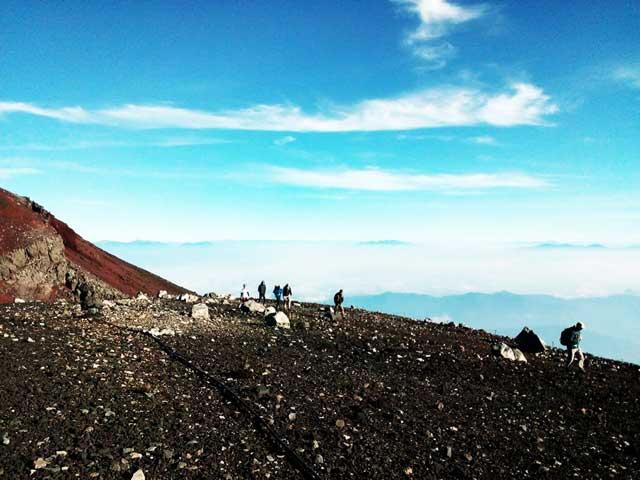富士山に登る3「雲海」