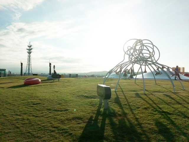 富山を散策する「夕日」