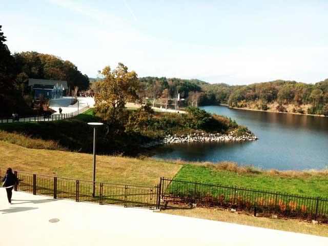 メッツァビレッジへ行く「宮沢湖」