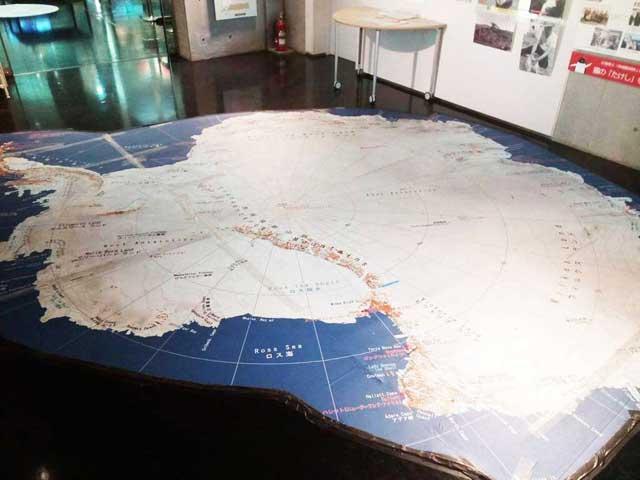 極地研究所へ行く「南極大陸の地図」