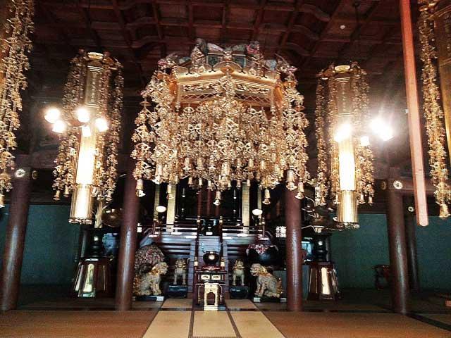 永平寺へ行く「仏殿ぶつでん」