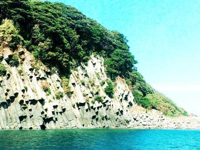 東尋坊へ行く「雄島」