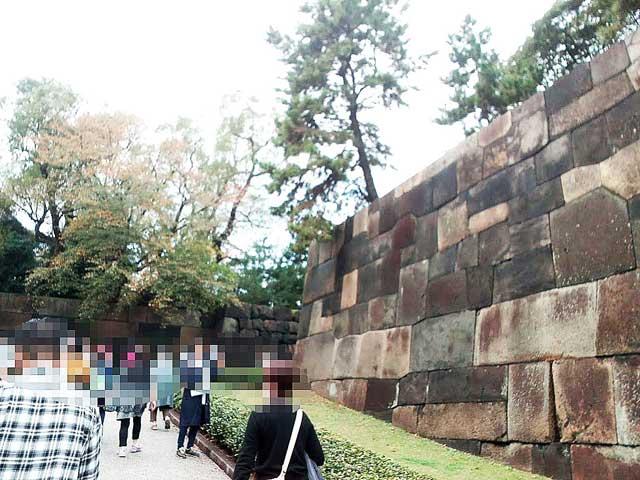 大嘗宮一般参観へ行く「石垣」