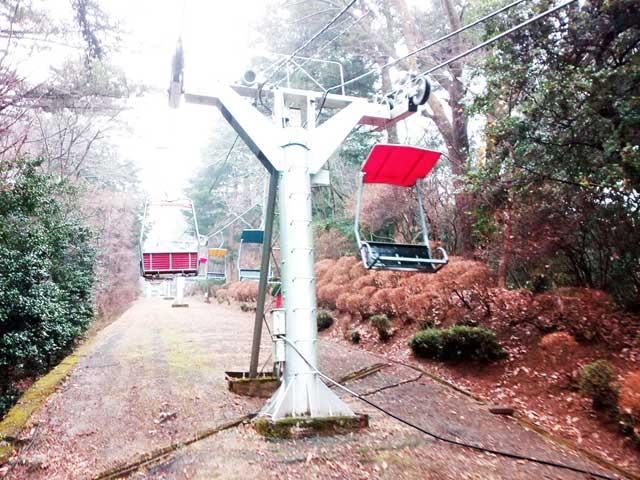 高尾山へ行く「リフト」